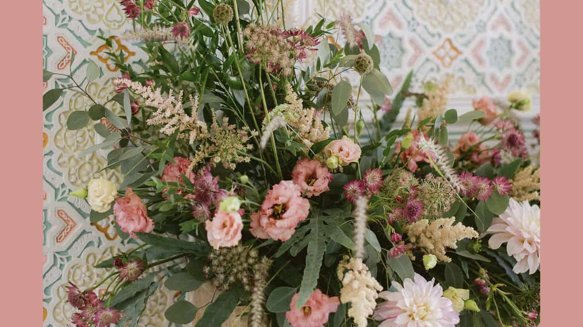 Decoração para Casamentos com a flor Dália